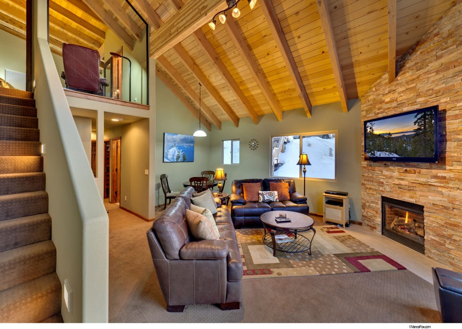 Lake Tahoe Vacation - Living Room 2 - Heavenly Tahoe Condo