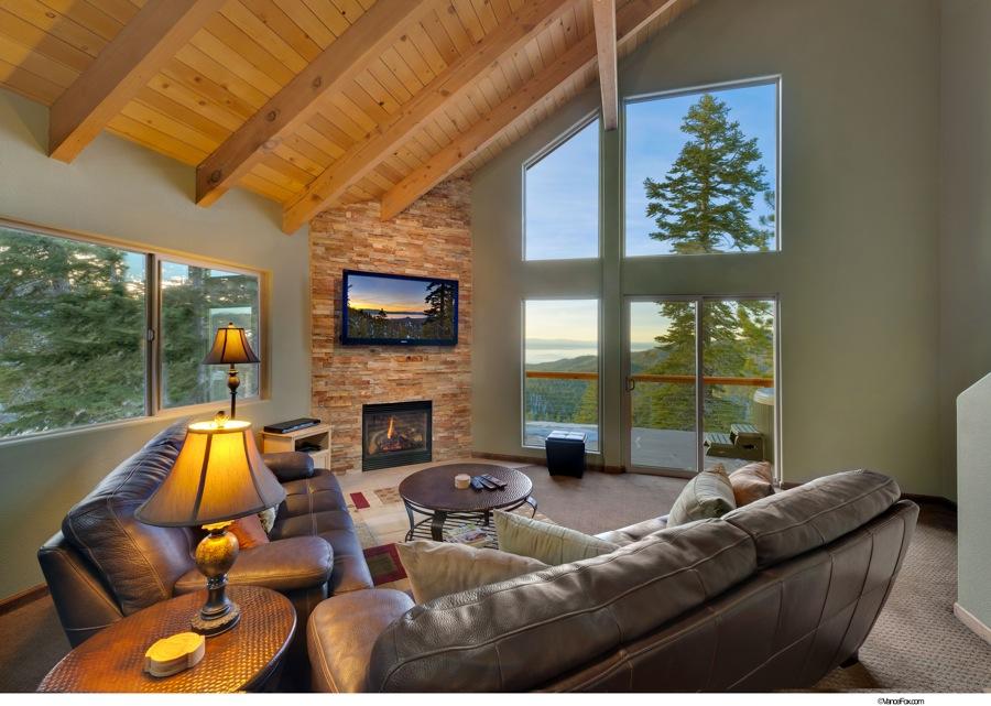 Lake Tahoe Vacation - Living Room - Heavenly Tahoe Condo